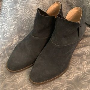 Lucky Brand Booties Navy Blue Suede Boots 8